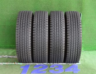 MAZDA (マツダ) BONGO (ボンゴ) 純正 14×5J(+50)114.3-5H 新車外し シルバー BRIDGESTONE (ブリヂストン) BLIZZAK (ブリザック) REVO969 185R14LT 6PR 4本SET