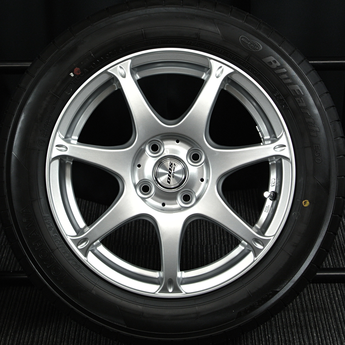 MANARAY SPORT DIOS style7 シルバー YOKOHAMA BluEarth E50 185/60R15 4本SET