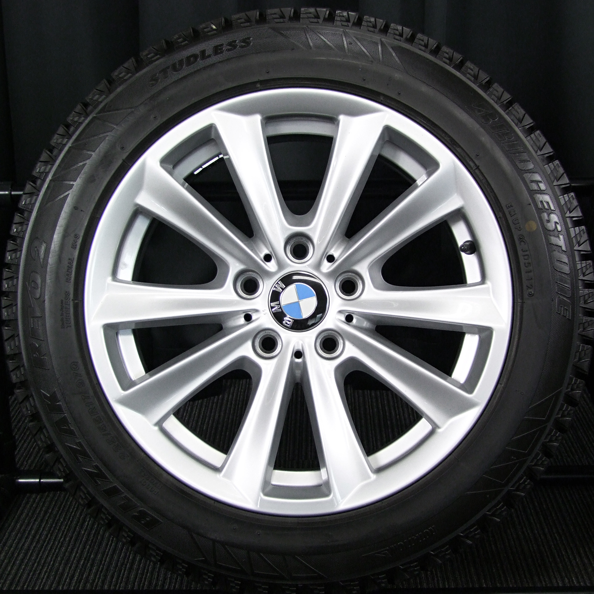 BMW 5シリーズ 純正 シルバー BRIDGESTONE BLIZZAK REVO2 225/55R17 4本SET