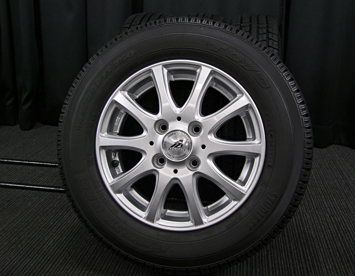 INTER MILANO AZ-SPORTS SY-10 シルバー TOYO GARIT G30 145/80R13 4本SET