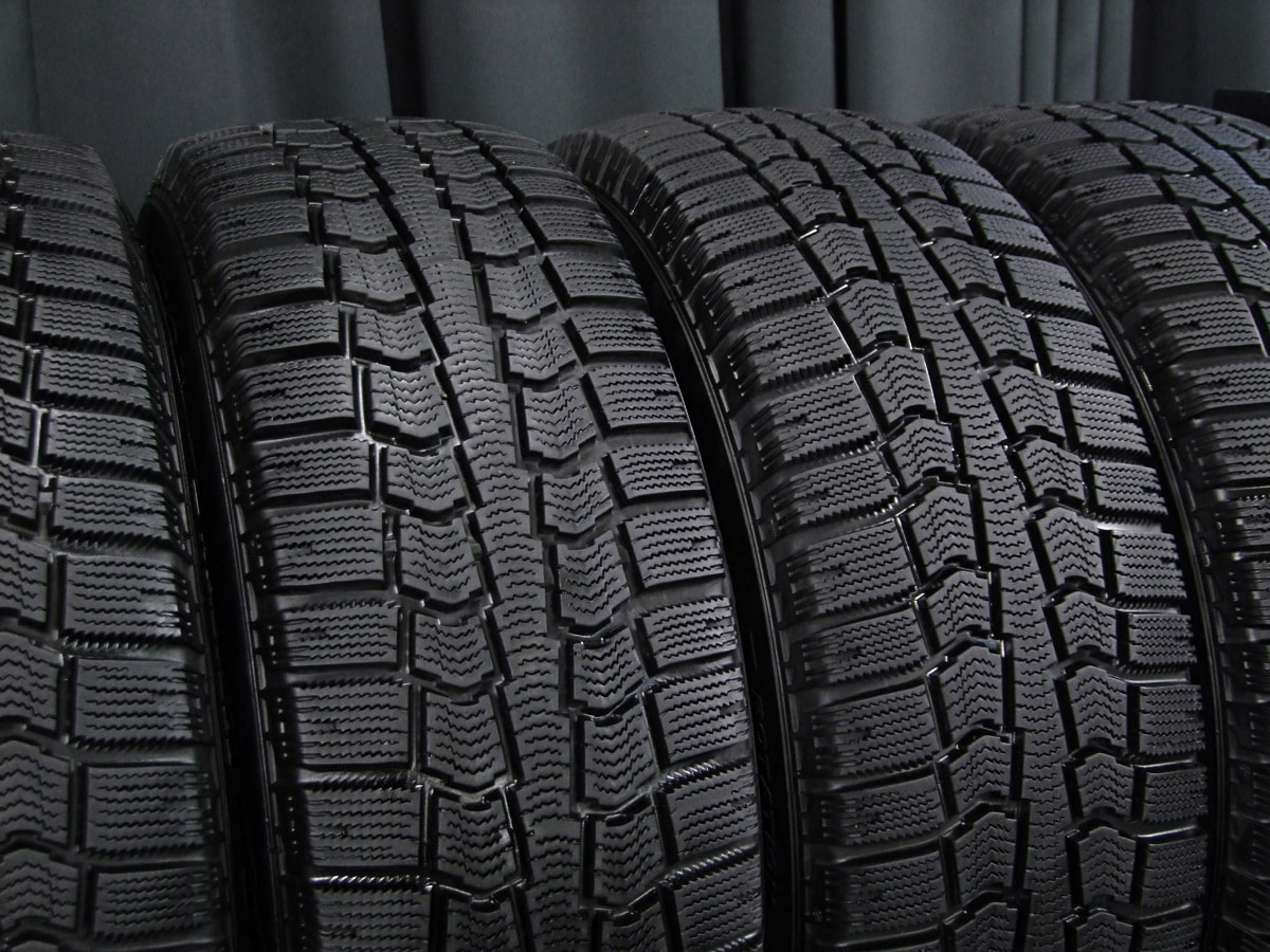 VOLVO V70 純正 シルバー PIRELLI WINTER ICECONTROL 195/65R15 4本SET