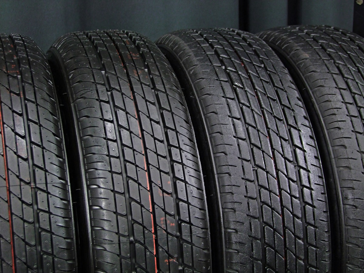 HOT STUFF CROSS SPEED PREMIUM-10 シルバー FIRESTONE FR10 155/65R13 4本SET
