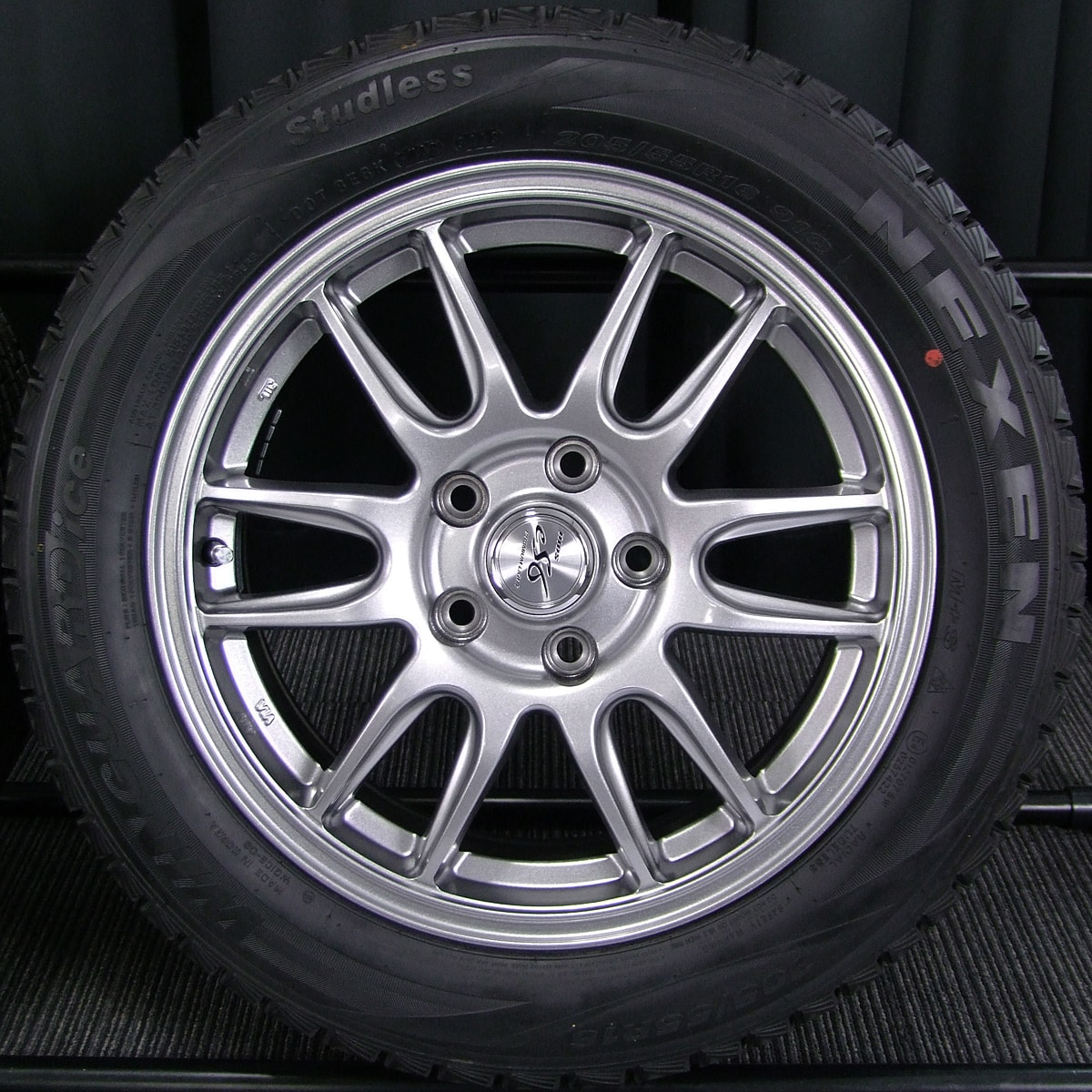 AUTOBACS DIOS ES6 PREMIUM LIGHT ハイグロス NEXEN WINGUARD ICE 205/55R16 4本SET