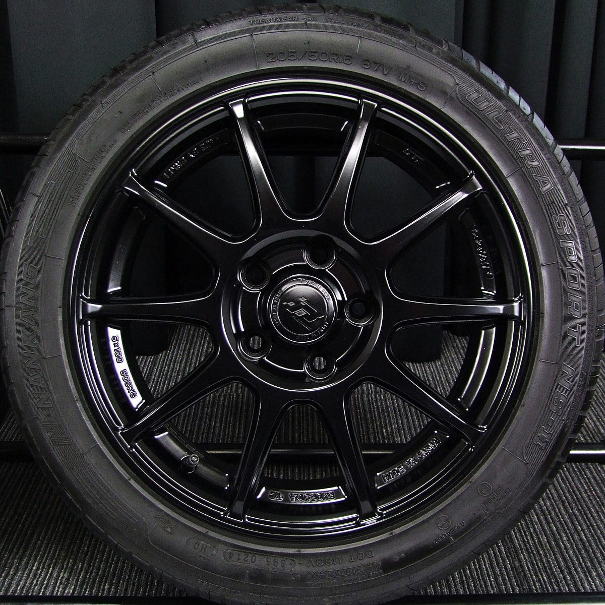 ENKEI RIVAZZA PLATINUM RESPECT マットブラック NANKANG ULTRA SPORT NS-2 205/50R16 4本SET