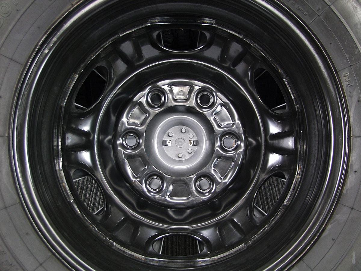 NISSAN NV350 キャラバン 純正 ブラックスチール TOYO DELVEX 934 195/80R15 107/105L LT 4本SET