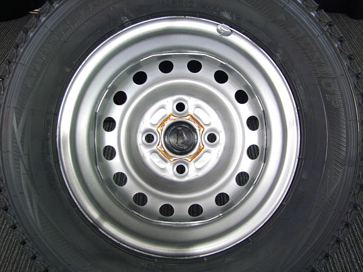 DAIHATSU ハイゼットトラック 純正 シルバースチール DUNLOP WINTER MAXX SV01 145R12LT 6PR 4本SET