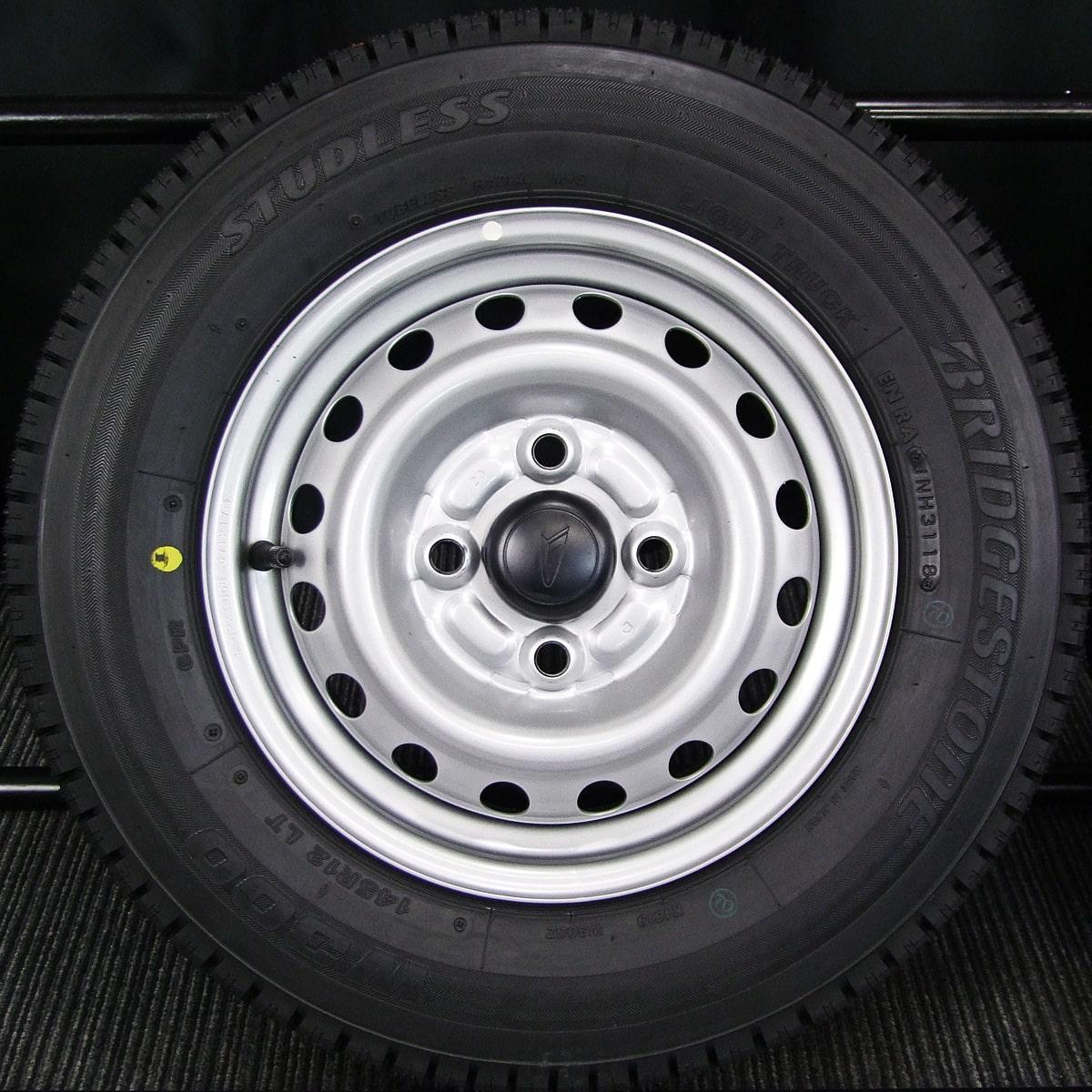 DAIHATSU ハイゼットトラック 純正 シルバースチール BRIDGESTONE W300 145R12LT 6PR 4本SET