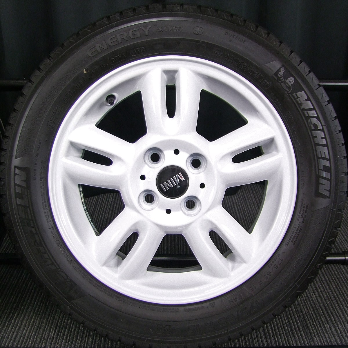 BMW MINI クーパー 純正 R118 ホワイト MICHELIN ENERGY SAVER 175/65R15 4本SET