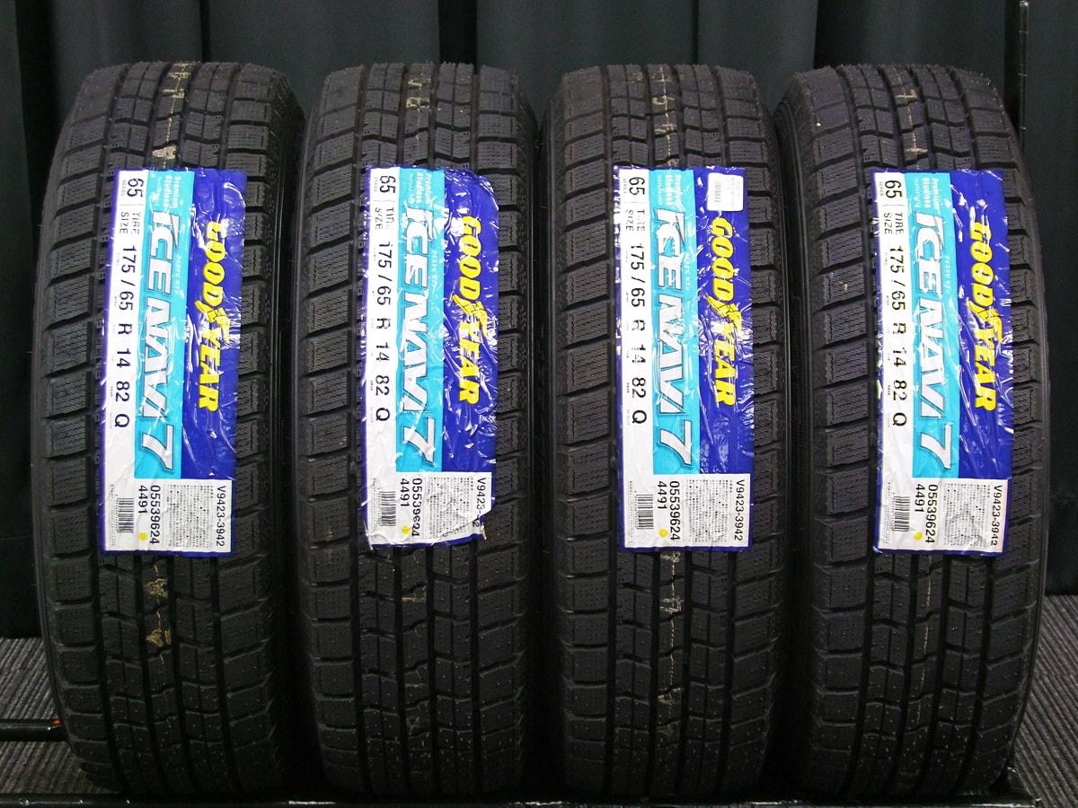 FIAT 500 純正 ブラックスチール GOODYEAR ICENAVI7 175/65R14 4本SET