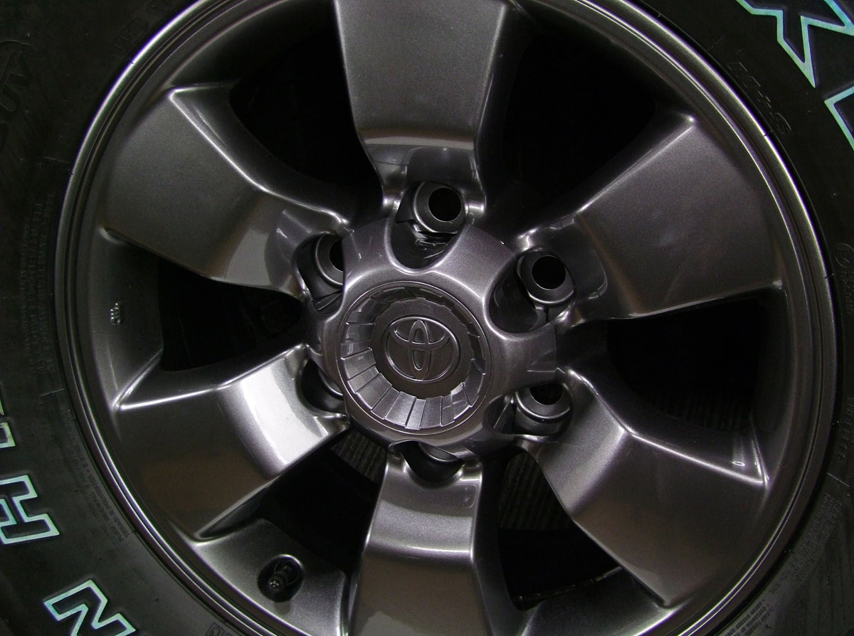 TOYOTA ハイラックスサーフ 純正 ガンメタ NEXEN ROADIAN HTX RH5 265/75R16 4本SET