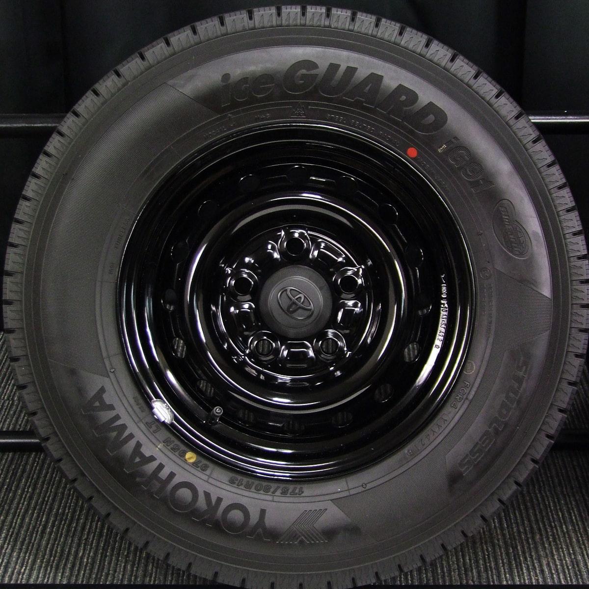 TOYOTA タウンエーストラック・ライトエーストラック 純正 ブラックスチール YOKOHAMA iceGUARD iG91 175/80R13 97/95N LT 4本SET